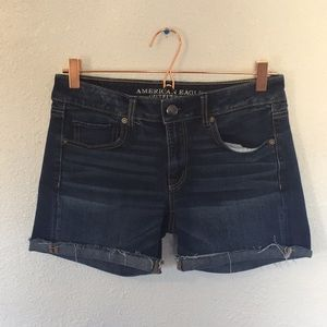 American Eagle Outfitters 6 midi rolled cut off